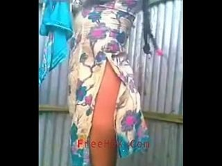 Neighbour girl changing dress - (www.FreeHDX.Com)
