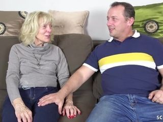 GERMAN mom in pantyhose entice to shag with jizz ON tummy