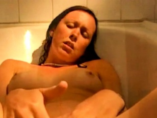 Bathtub libel - complying scrub entertainment!