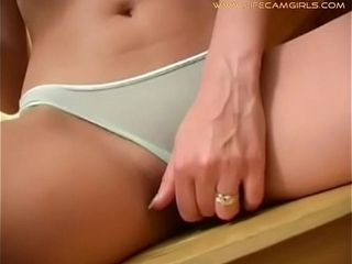 Ginger-haired curly Ukrainian tart behaves pitifully and vulgarly. Www.lifecamgirls.com