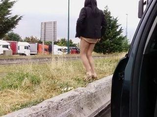 Seins nus devant des routiers