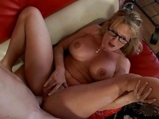 Mature wants to fuck and to get some sperm