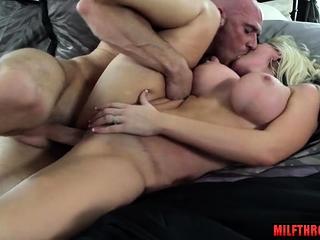 Heavy boobs milf spew added to cumshot