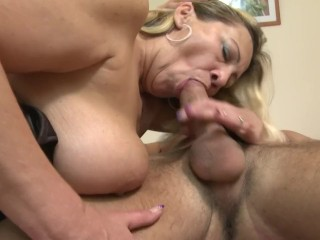 Thump milf