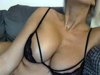 Lisa Anns college of cougar ample funbags undergarments