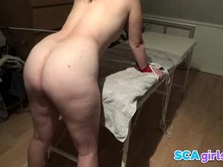 Dansk pige lys scourging med pisk - Lidt blid slavery ben