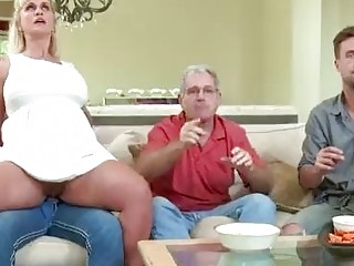 Sexy Spanish agent Esperanza Gomez fucks her clien