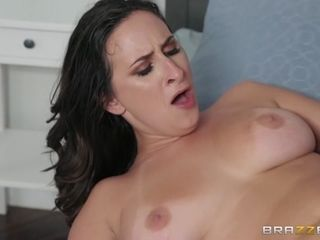 Ashley Adams & Sean Lawless in intercourse With Her best friends bf - BrazzersNetwork