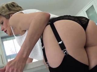 Cheating english milf gill ellis presents her big breasts