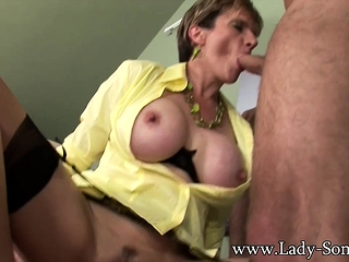Duo Guys enjoyment from nipper Sonia slag the matter of Hot triune