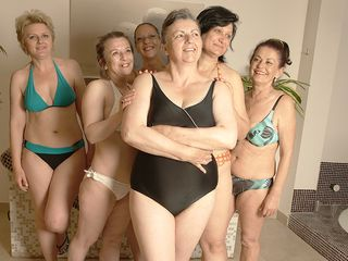 These mature ladies are deep-throating off steam