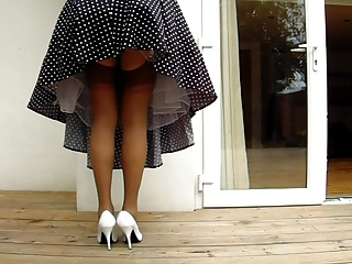 1950's Housewife Windy Upskirt
