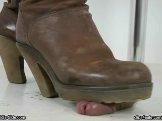 Katja Bootjob dark-skinned footwear