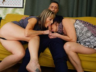 Nasty Brit housewife takes it up the bum in super-steamy 3 way with her gf and their dude