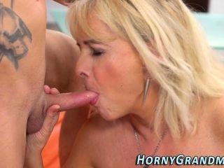 Hot grandma sucks dig up