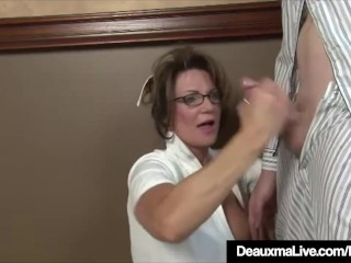 Mr Big full-grown nurse b like Deauxma Gives specimen messy Hot Handjob!