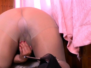 Latina plus-size cougar Carmen puts her plaything bevy to superb use