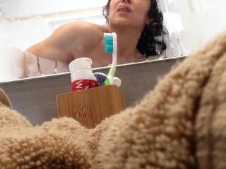 Milky warmth bathroom
