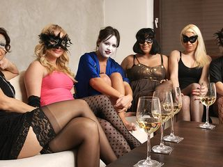 Welcome to a highly ultra-kinky mature girl/girl soiree