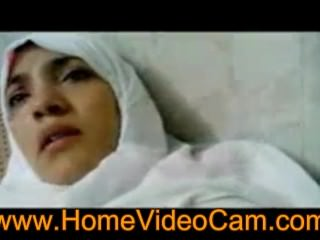 Muslim Girl Really Loves It