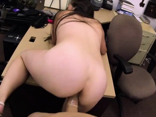 Mature babe introduce sex toys