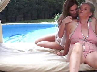 Candy Sweet has grandma Aliz sitting above her face for oral