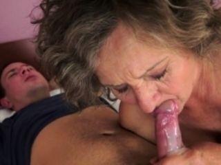 Chunky grandma gets jizzed