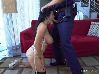 Romi Cheats On Her Husband With A Police Officer