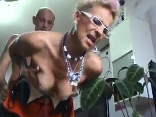 Tatooed fashion german mature takes big cumshot