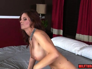 Dark haired cougar gonzo with facial cumshot