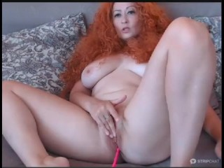 Nude yam-sized butt - yam-sized funbags cougar 1