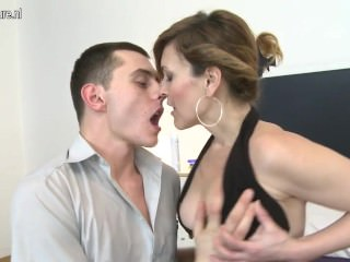 Posh mature mommy fucked by her toy boy