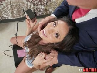 Barely satisfactory supplicant Wants Latina MILF
