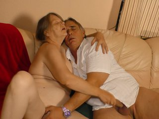 XxxOmas - Mature German granny gets to taste some creamy yummy spunk