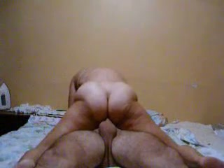 Chubby wife with big pale ass took friend's dick in her slit for damn nice ride