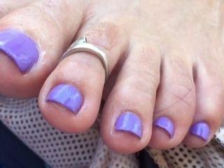 Purple Toes cougar feetjob