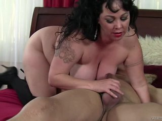 Big Tits Mature Alexis Couture Nailed
