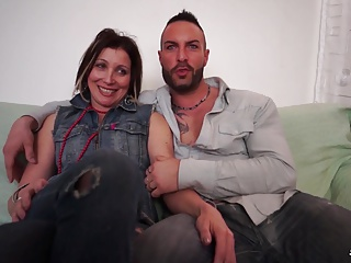 Scambisti Maturi - Mature Italian gal loves anal swinger sex