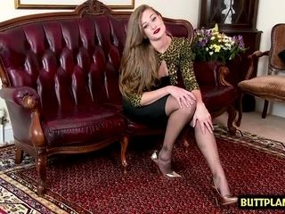 Dark haired porn industry star nylon and cum-shot