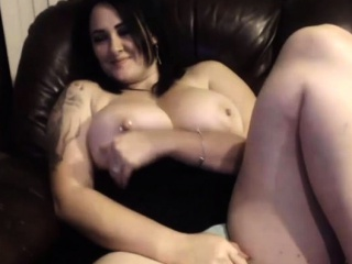 First-timer annebest showcasing tits on live web cam