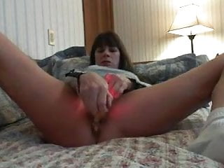 Sex-mad Milf masturbates ripsnorting