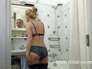 Underhanded masturbates alongside say no to shower validation joggalongsideg