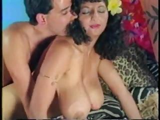 Mysterr - Arabian Busty Mom