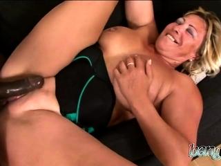Nerdy older girl Jana takes advantage of a junior fellow