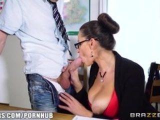 Brazzers - Hot Milf teacher Jane gets fucked