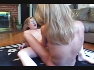 OLder Lesbian Teaching College Girl