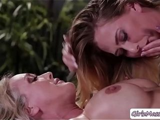 Step-mother gets screwed by her daughter Carter